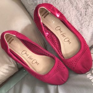 Toms one for one suede perforated ballet flats